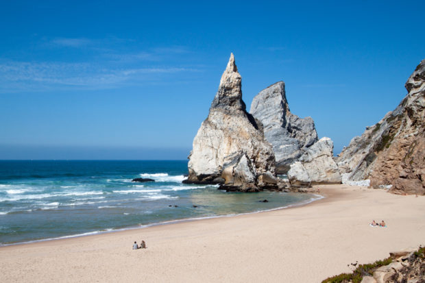 5 Reasons Why Portugal Is the Surfers Paradise
