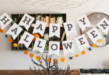 Halloween Party Ideas: 15 Creative and Fun DIY Projects and Recipes - Halloween recipes, halloween party theme, Halloween Party Food Ideas, Halloween party, Grown-Up Halloween Party, diy Halloween party, diy Halloween decorations