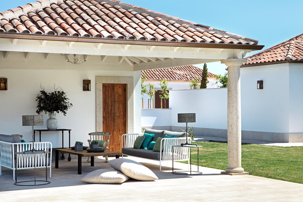 15 Dazzling Mediterranean Patio Designs That Wont Let You Leave Them