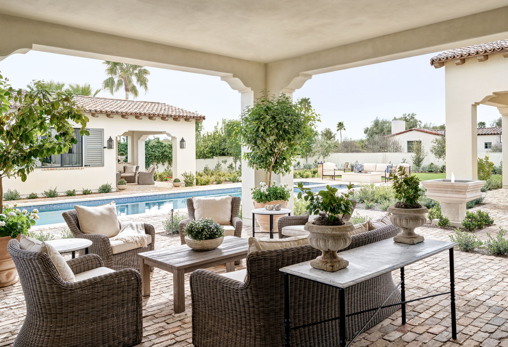 15 Dazzling Mediterranean Patio Designs That Won 39 T Let You