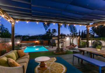 15 Splendid Mediterranean Deck Designs Your Outdoor Areas Could Use - Porch, patio, outdoors, outdoor, Mediterranean, garden, deck, backyard