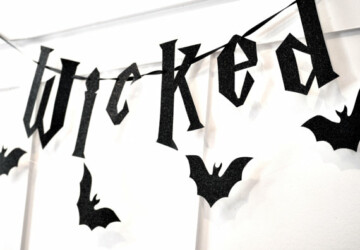 15 Wicked Halloween Banner Designs For Your Halloween Party - witch, spooky, skull, skeleton, scary, Pumpkin, halloween, ghost, garland, diy, crafts, crafting, banner