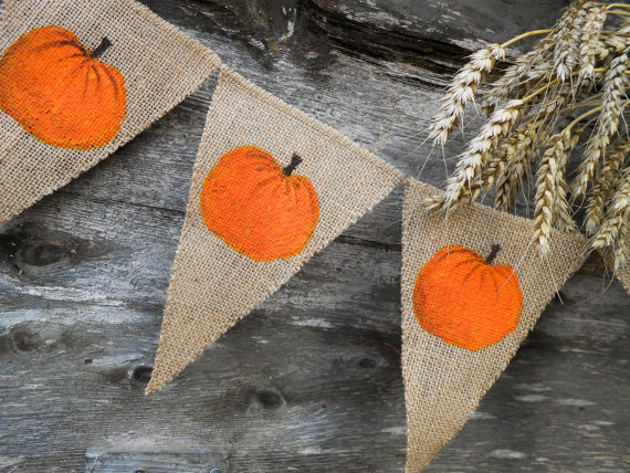 19 Cheerful Handmade Fall Banners And Garlands To Decorate With - paper, leaves, garland, Fall, burlap, bunting, banners, banner, autumn