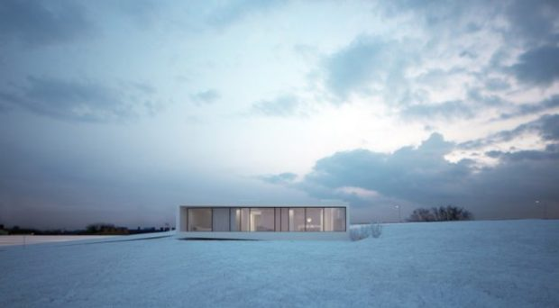 Moomoo Architects Blend The Reykjavik House In With The Snowy Icelandic Environment - White, reykjavik house, moomoo architects, modern, minimalist, interior, iceland, glazed, exterior, environment, contemporary