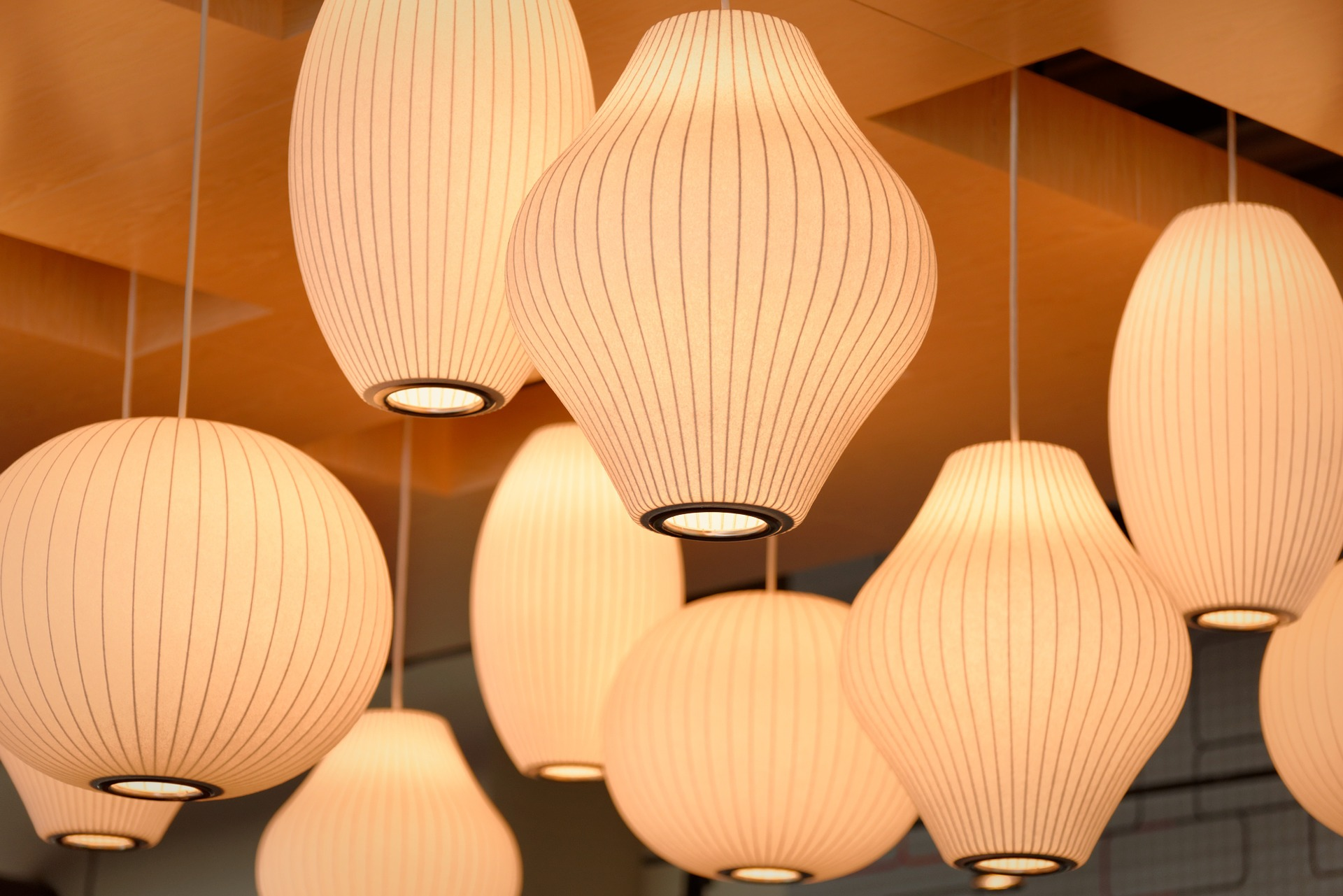 Guide To Cleaning Fabric Lampshades - Style Motivation