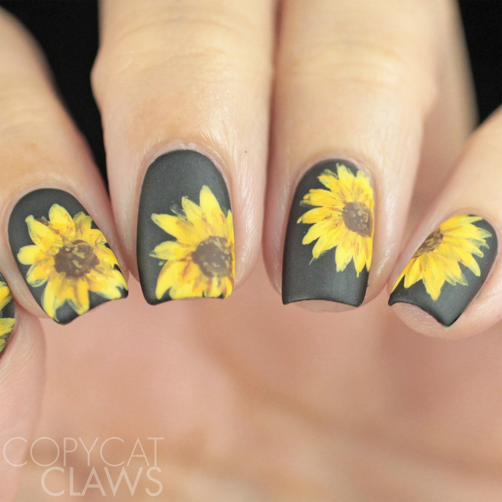 17 Floral Nail Art Ideas Perfect for Fall - Style Motivation