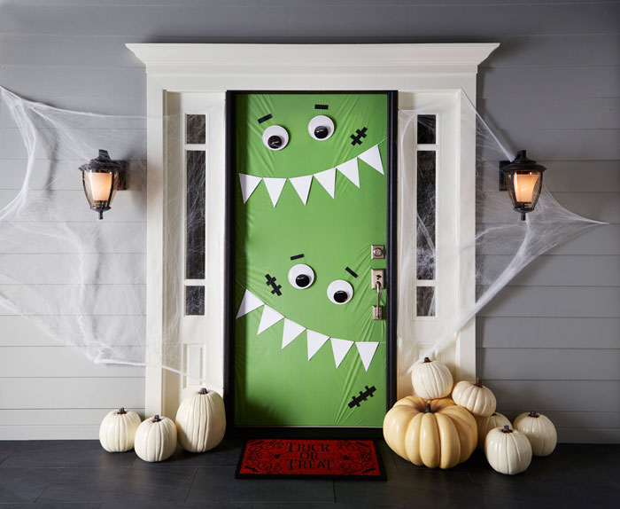 15 diy halloween door decor ideas style motivation for Idee deco halloween