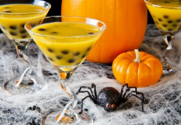 16 Fun and Spooky Halloween Party Drink Recipes and Ideas - recipes, party recipes, Halloween recipes, Halloween Party Food Ideas, halloween drinks, diy Halloween party, diy Halloween