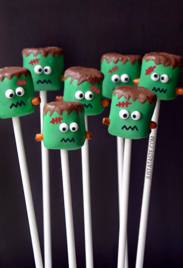 15 Spooky And Sweet Halloween Snacks You Can Easily Make For Your Party