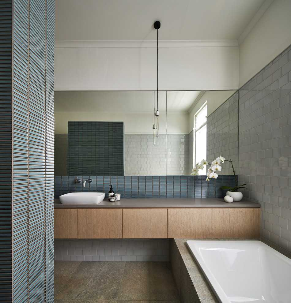 17 Avant Garde Contemporary Bathroom Designs That Will Take Your Breath Away