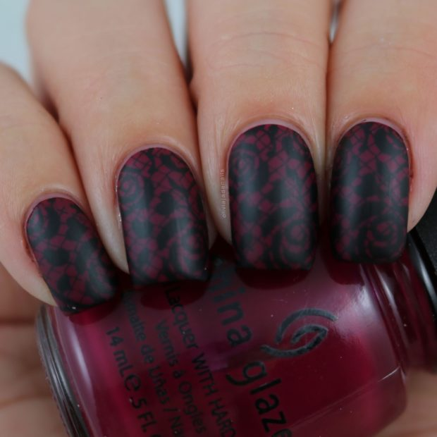 Cool Dark Matte Nail Designs to Copy this Season