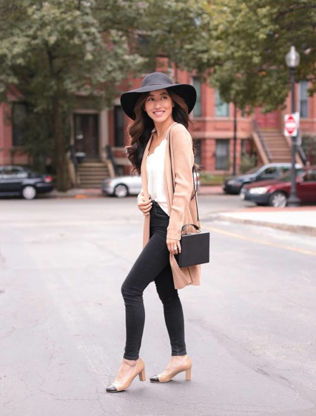 Sweater Weather: 15 Perfect Outfit Ideas for Fall