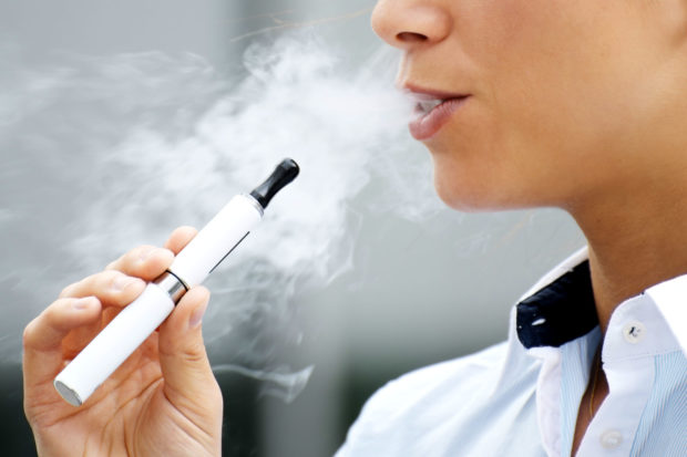 Why E-Cigs Are Becoming Trendier than Real Cigarettes -
