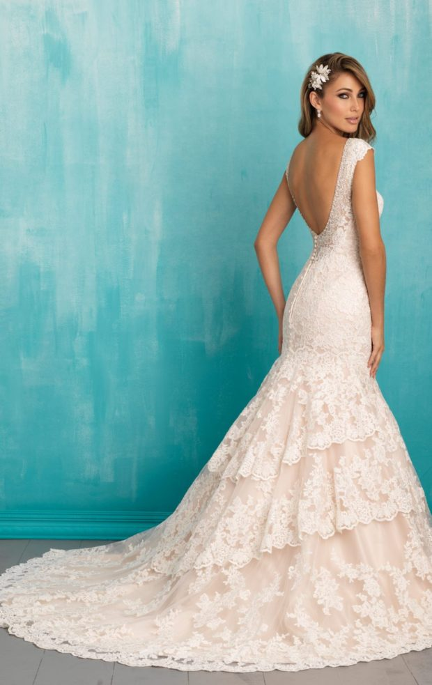 17 Winter Wedding Gowns Youll Love