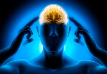 4 Reasons To Give A Psychic A Try -