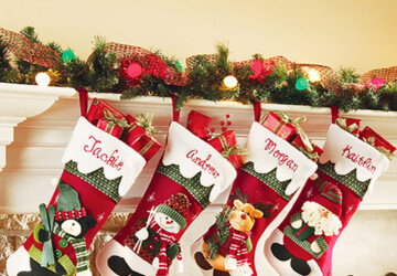 18 Crafty DIY Christmas Stocking Ideas - DIY Christmas Stocking Ideas, diy christmas decor projects, diy christmas decor, Diy Christmas