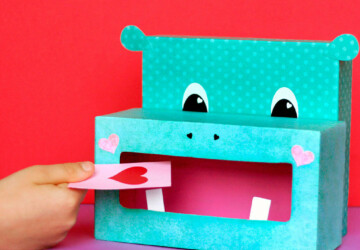15 Adorable DIY Valentine Box Ideas - diy Valentine's day party, diy Valentine's day ideas, diy Valentine's day gifts for kids, diy Valentine Boxes, DIY Valentine Box Ideas