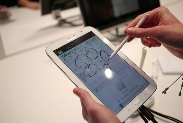 How a Stylus Can Increase Your Smartphone Productivity