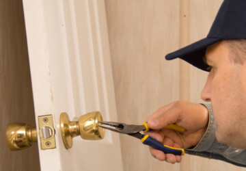Times You Need Local Locksmith Instead of DIY Repairs - repairs, locksmith, diy