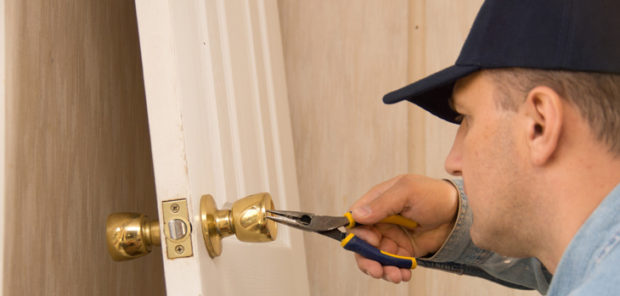 Times You Need Local Locksmith Instead of DIY Repairs