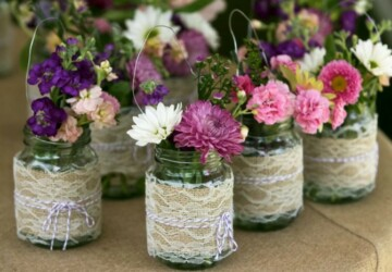 Summer Floral Home Decor: 15 DIY Vase Ideas (Part 1) - vase design, flower vase, DIY Vases, DIY Vase, diy mason jar vase