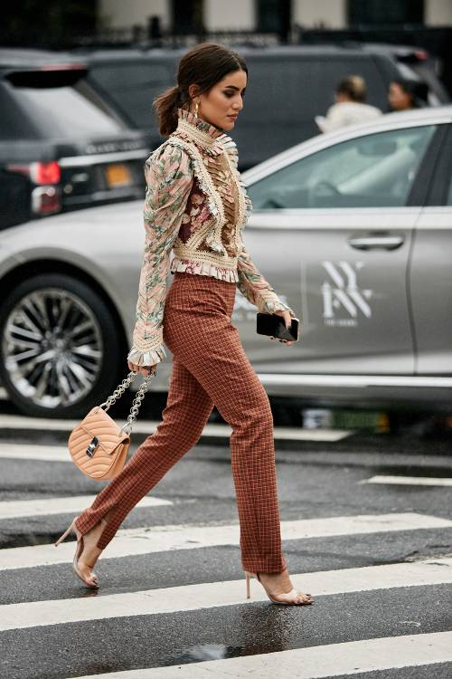 20 Great Fall Outfits  What To Wear For Fall 2018