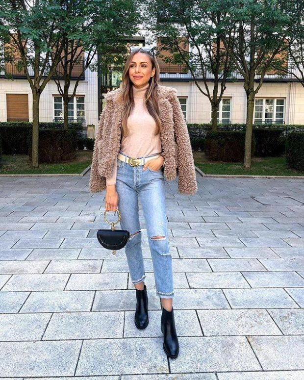 What to Wear This Month: 20 October Outfit Ideas