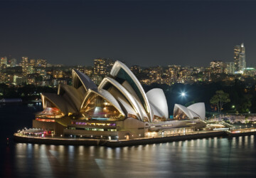 How to Decide the Best Places to Visit in Australia - visit, uluru, travel, sydney, sandstone, ocean road, Melbourne, brisbane, barrier reef, australia