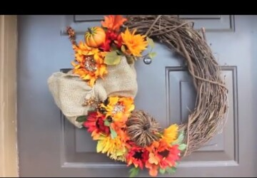 13 Cheap and Easy DIY Fall Wreaths - Fall Wreaths, DIY Wreaths Ideas, DIY Fall Wreaths, diy fall wreath, DIY Fall Porch Decorating Ideas, DIY Fall Decor Ideas