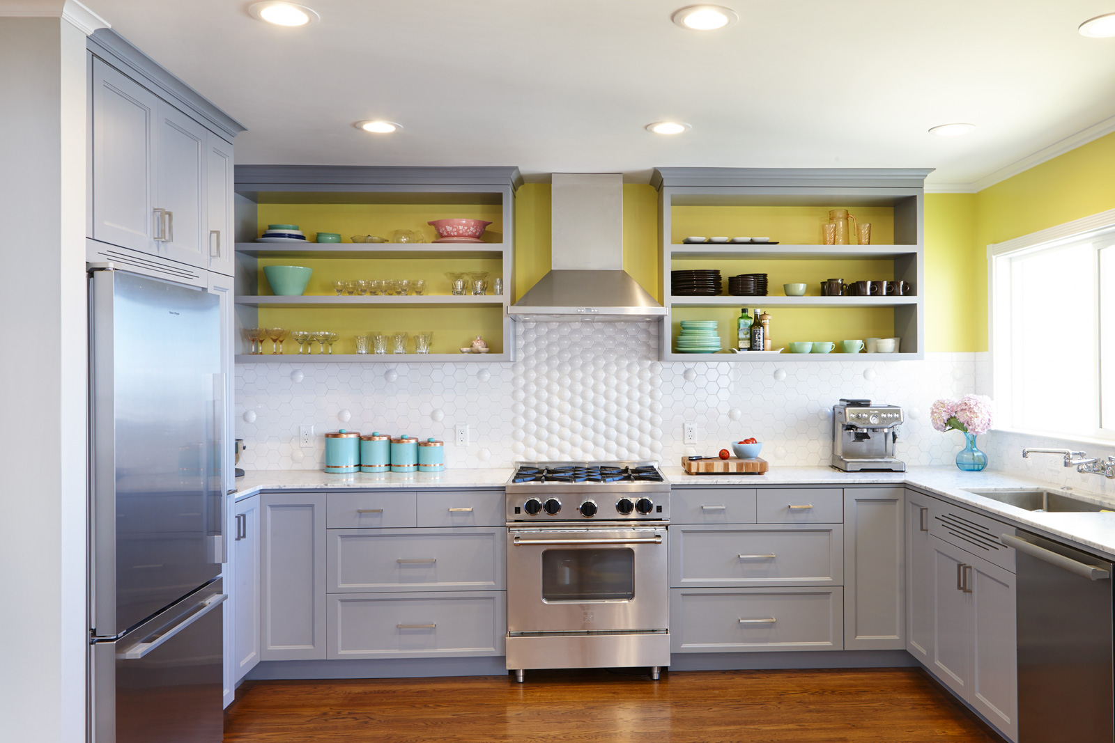 Best Colors to Use for Kitchen Cabinets - Style Motivation