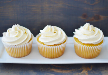 16 Best Vanilla Cupcake Recipes - Vanilla Cupcakes, Vanilla Cupcake Recipes, Vanilla Cupcake, Cupcakes, Cupcake Recipes