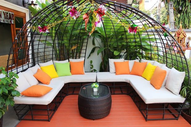 Transform Your Backyard into a Tranquil Outdoor Oasis