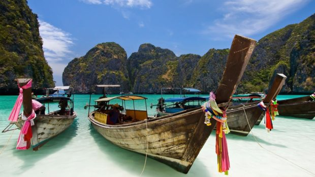 5 Benefits of Working in a Tropical Location - Work, value, thailand, new life, new friends, new colleagues, monuments, money, live, Lifestyle, culture