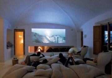 Turn Any Spare Room Into A Home Theater With These 5 Steps - Spare Room, room ideas, home theater, home cinema, cinema