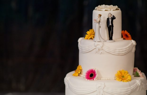 Spice Up Your Wedding Celebrations with Designer Wedding Cakes