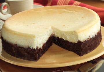 18 Delicious Brownie Bottom Desserts - Desserts, brownies recipes, brownies, Brownie Bottom Desserts, Brownie Bottom