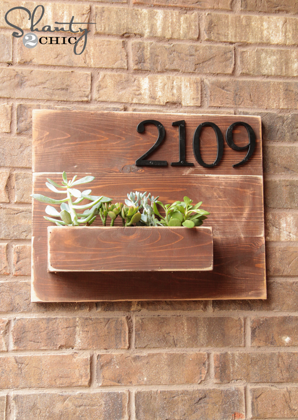 Source: https://www.shanty-2-chic.com/2014/07/diy-address-number-wall-planter.html