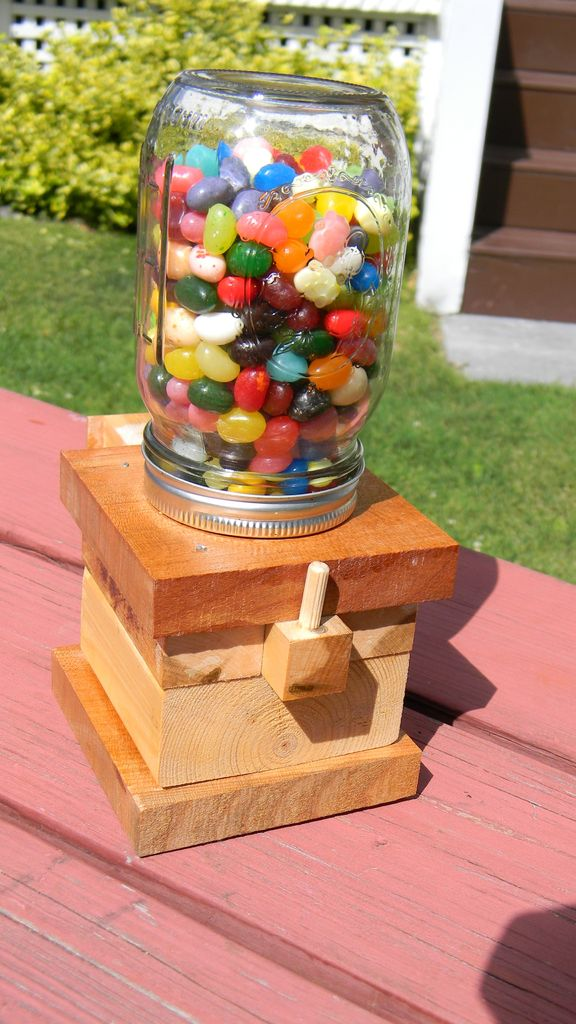 Source: https://www.instructables.com/id/The-Awesomest-Jelly-Bean-Dispenser-Ever/
