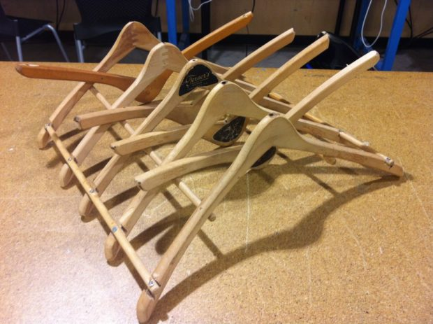 Source: https://www.instructables.com/id/Wood-Hanger-Dish-Drying-Rack/