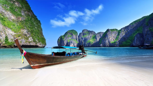 6 Reasons Phuket Is The Best Place To Relax And Enjoy Yourself!