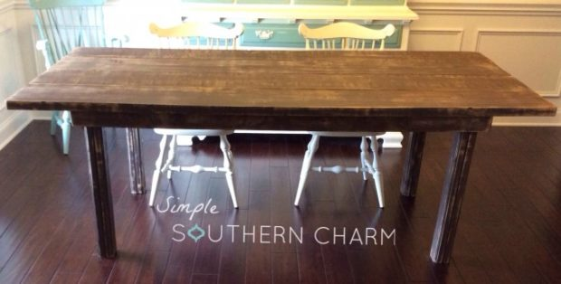 Source: http://simplesoutherncharmblog.com/2×4-farm-house-table/