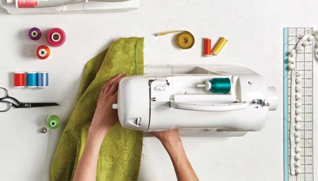 5 Things You Should Look for in a New Sewing Machine - sewing machine, industrial, home, comfortable, best
