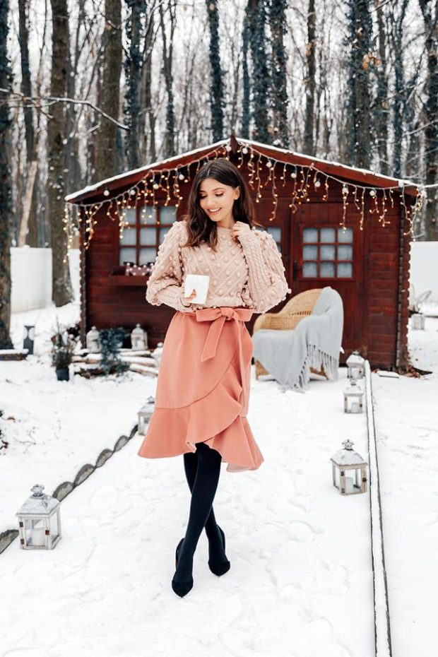 15 Stylish Yet Romantic Valentine's Day Outfit Ideas