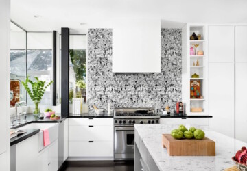 4 Tips for Choosing the Right Wallpaper for Your Kitchen - washable, wallpaper, vinyl, shelves, pattern, novamura, material, kitchen walls, kitchen, home decor, color