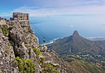4 Reasons To Visit And Go Up Table Mountain In Cape Town - visit, travel, tourists, table mountain, Hiking, cape town, abseiling