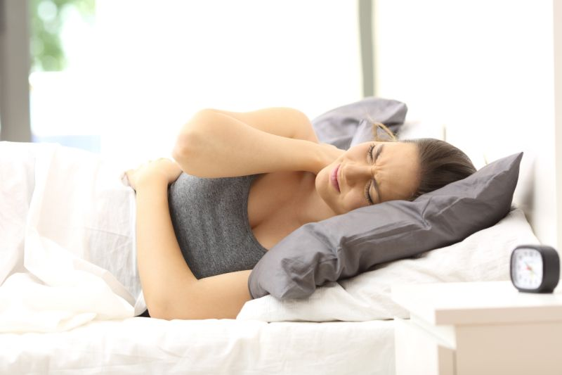 3 Benefits of Owning a Black Memory Foam Cervical Pillow