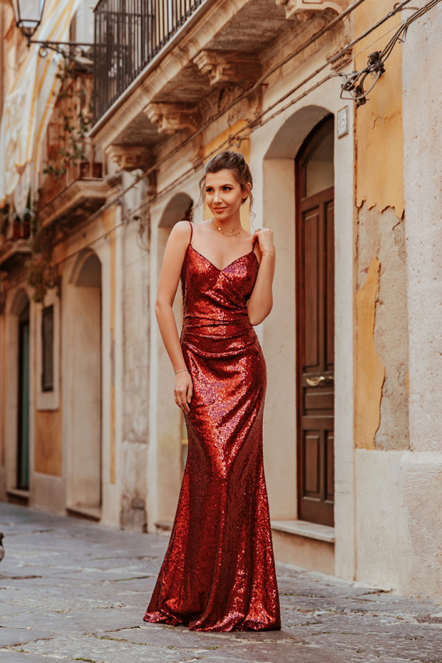18 Gorgeous Wedding Guest Dresses For Spring Summer 2019
