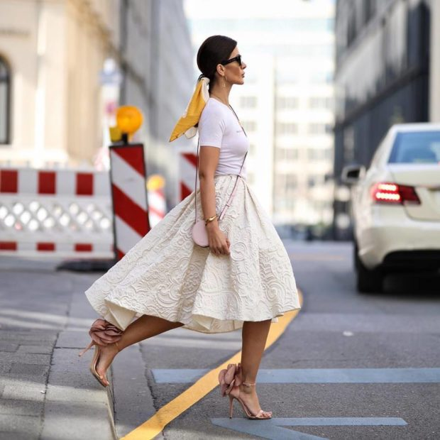 15 Adorable April Spring Outfit Ideas You Need to Try Now