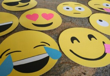Fun Emoji Inspired DIY Projects - diy projects, diy home decor