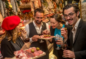 Food Tours Gaining More Popularity Among Foodies - travel, tour, food